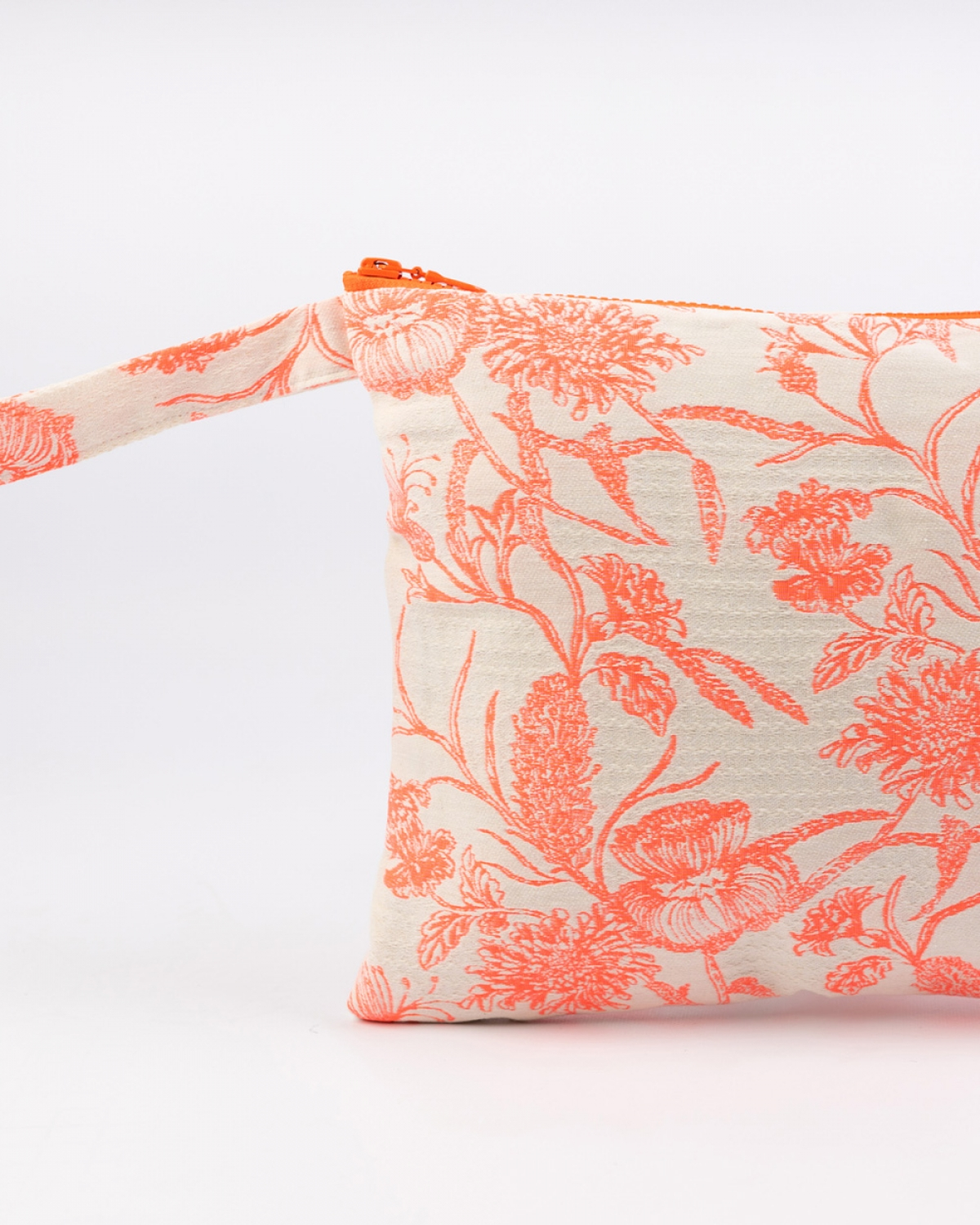 Acanthus Medium Clutch