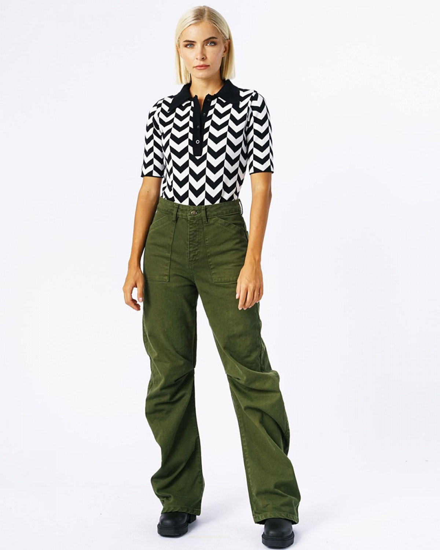 Arrow Bodysuit Short Sleeves