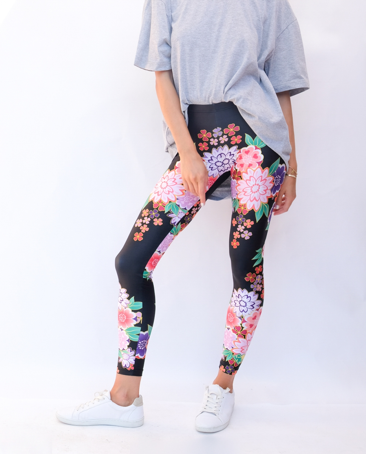 Asian Flower Bomb Leggings