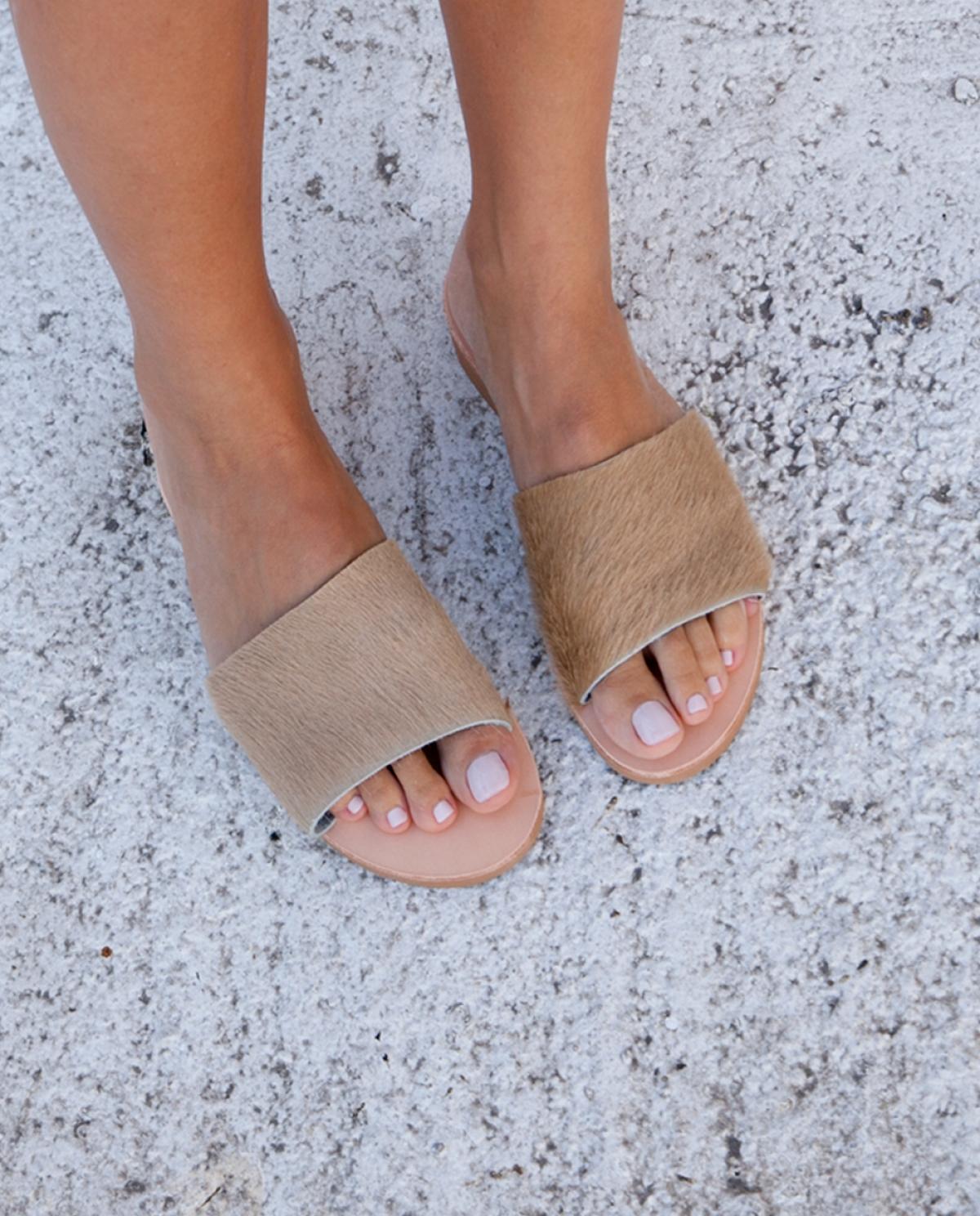 Aspros Kavos Serifos Beige Sandals