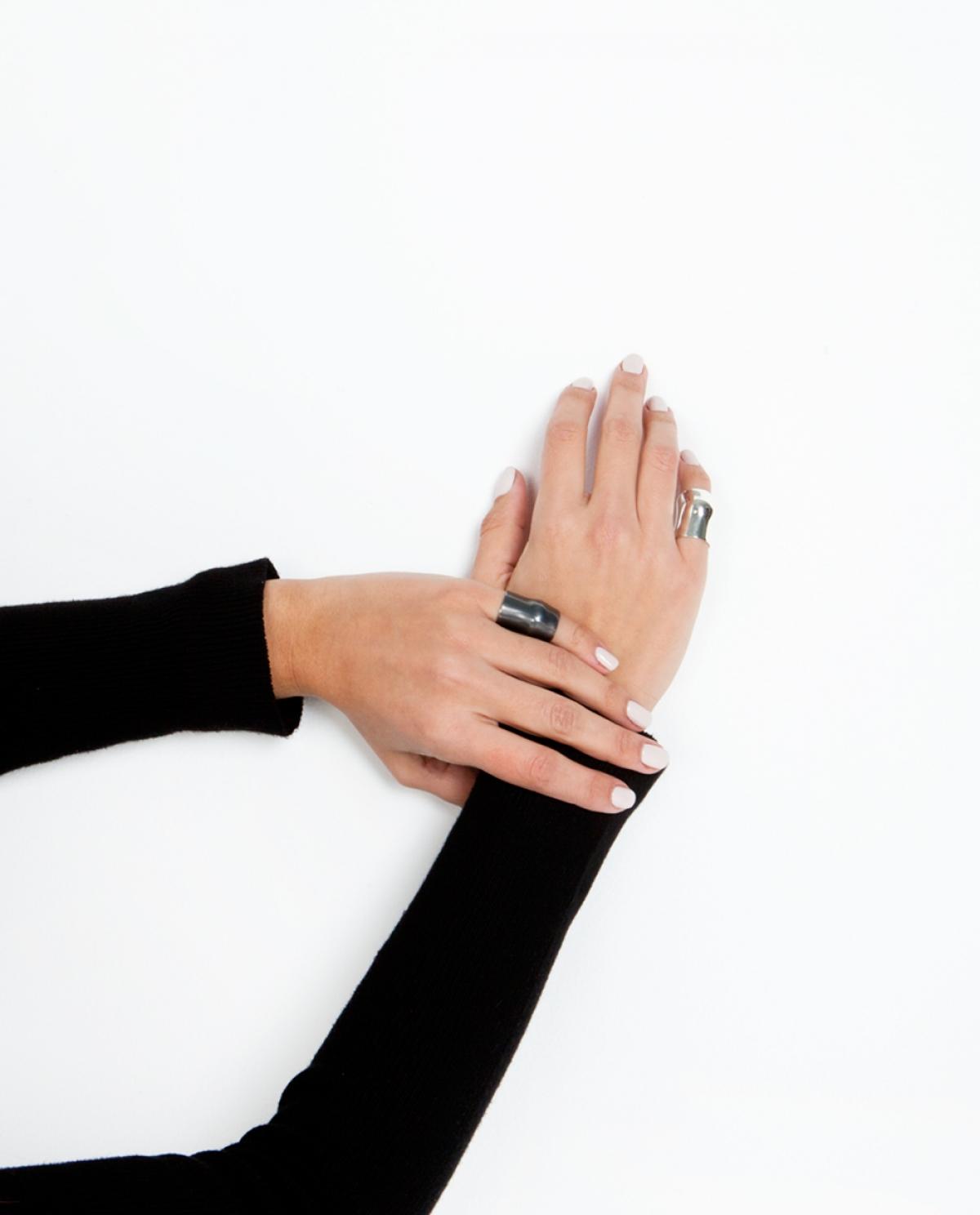 Black Punch Ring