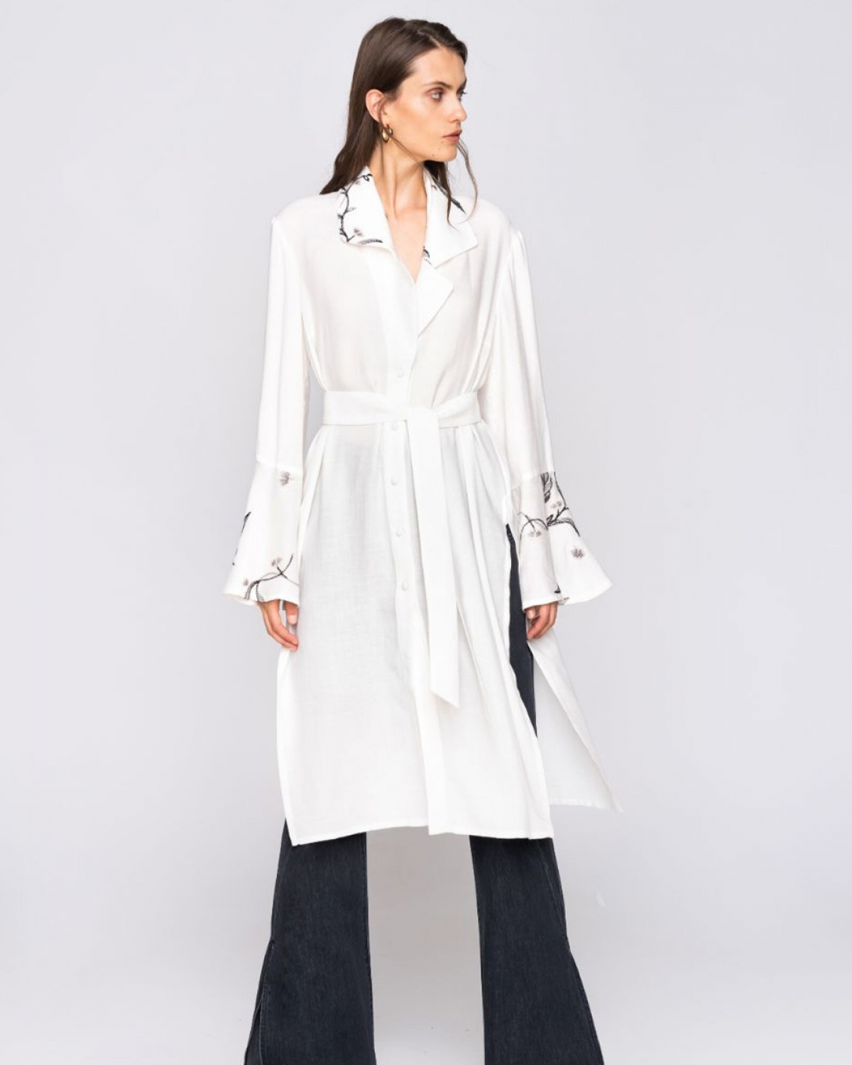 Embroidery Long Shirt White