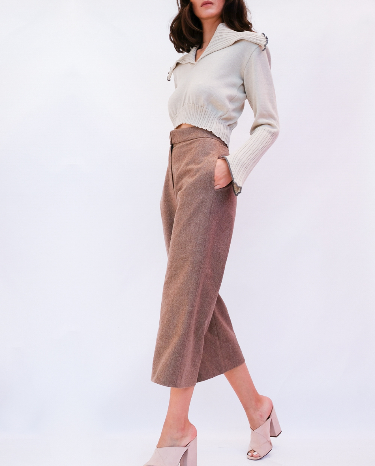 Igloo Wool Cropped Pants
