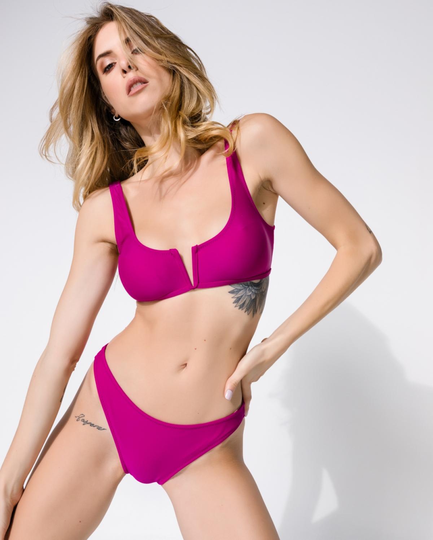 Ivy Levante Bikini
