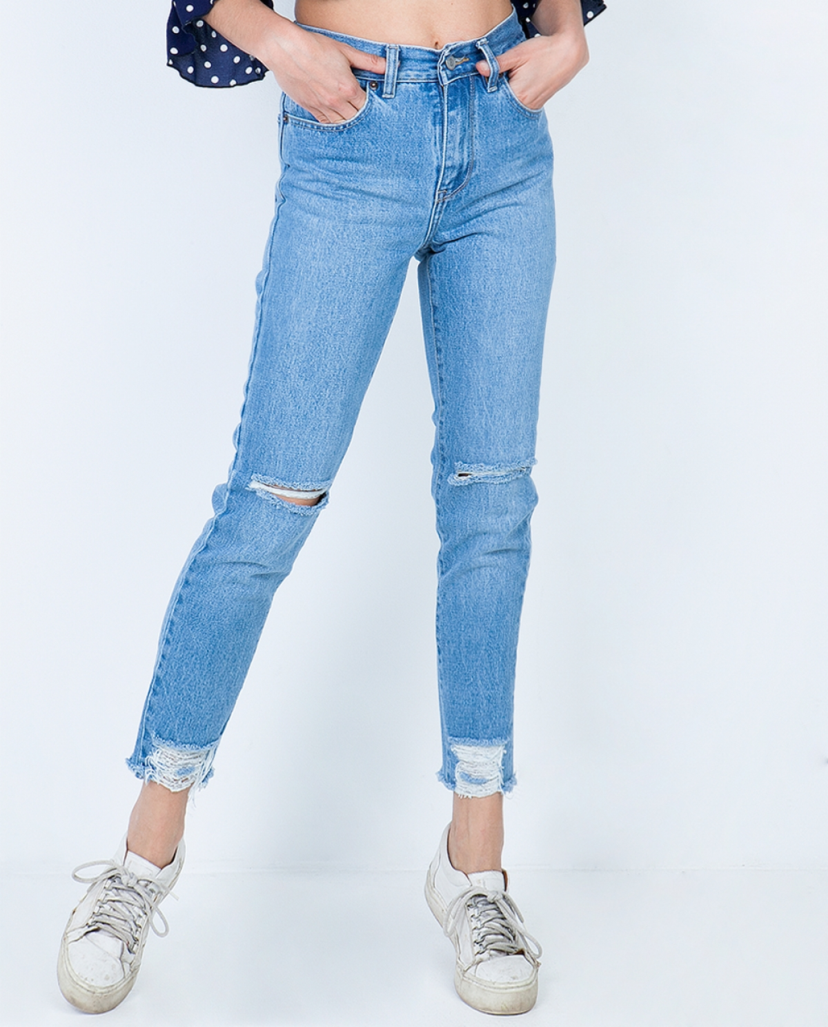 Joan Medium Ripped Cropped Jeans