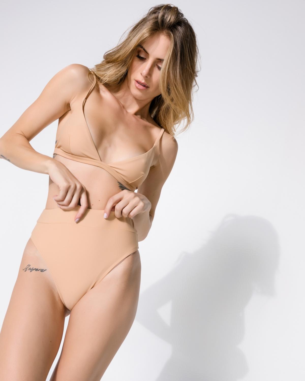 Juillet Nude Bikini