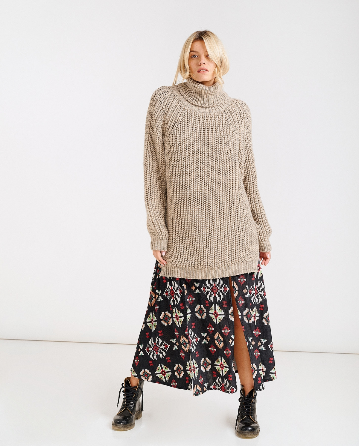 Knit Turtleneck Beige Sweater