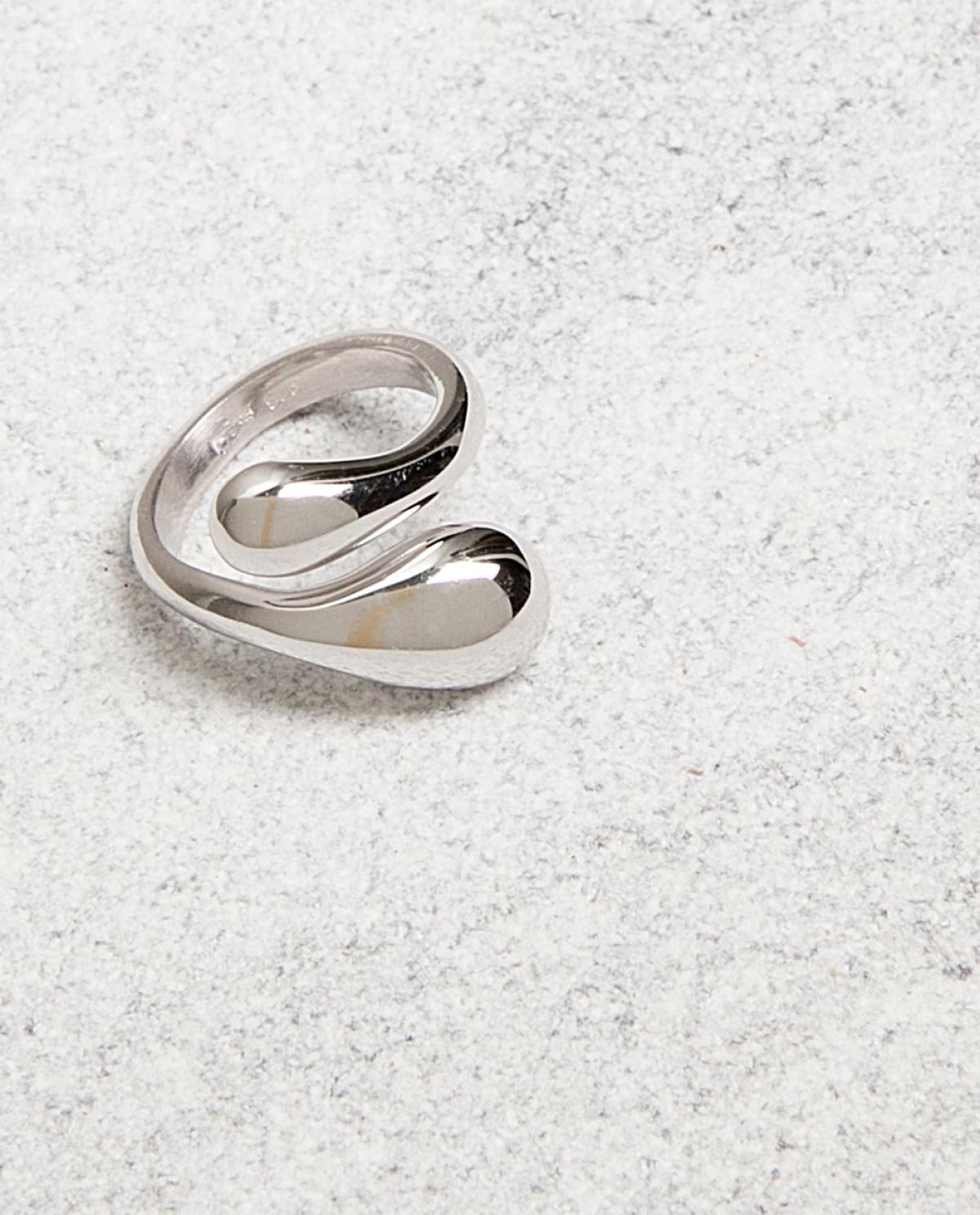 Lacrima Silver Ring