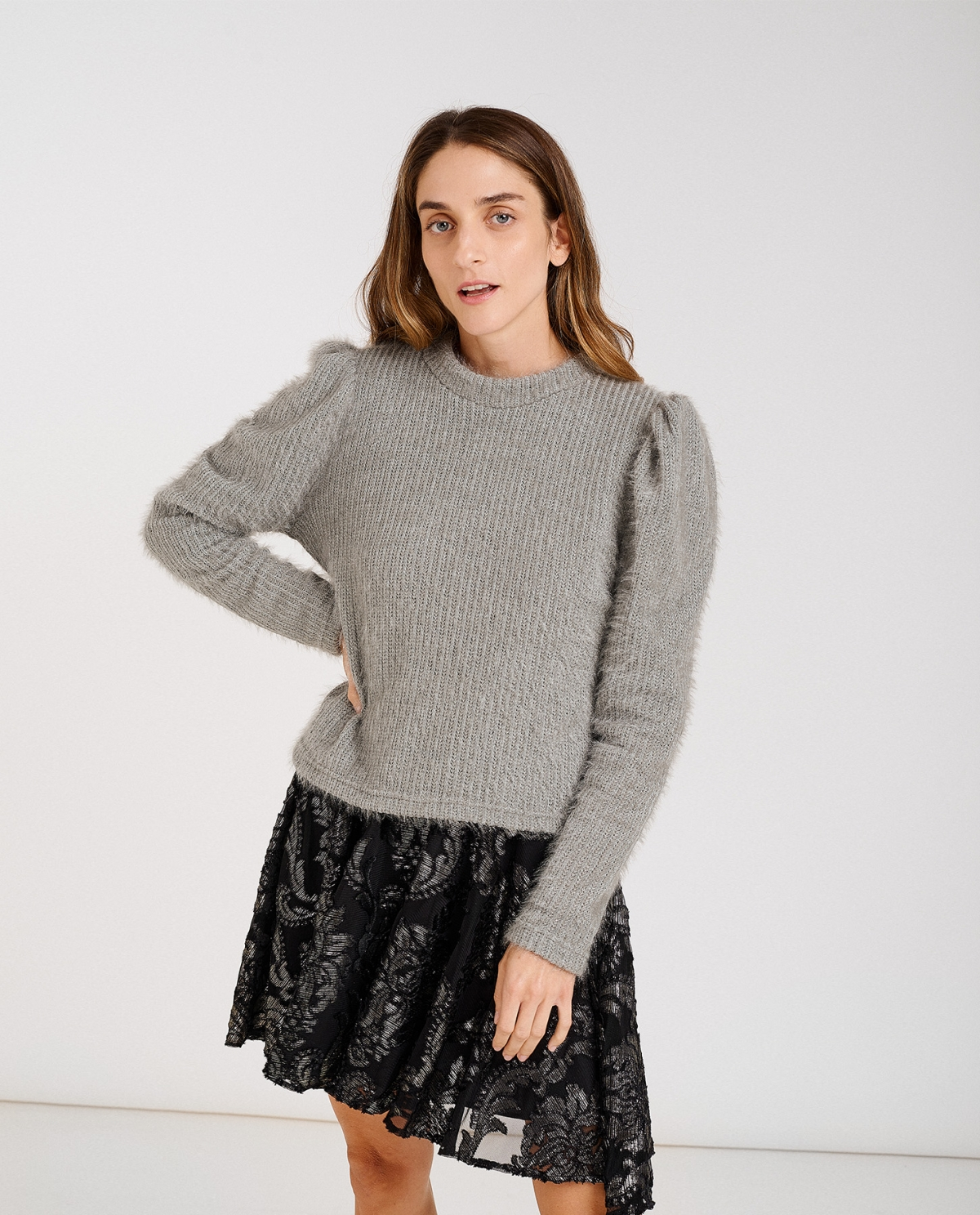 Puffed-sleeves Grey Sweater