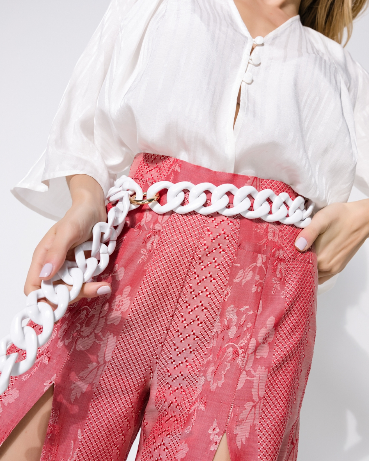 White Resin Chain Link Belt